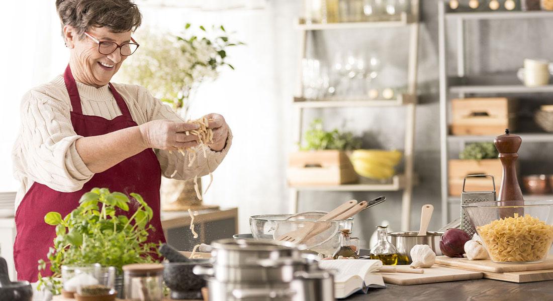 woman cooking hero reverse