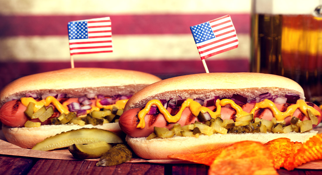 Fourth of July Picnic Hot Dogs