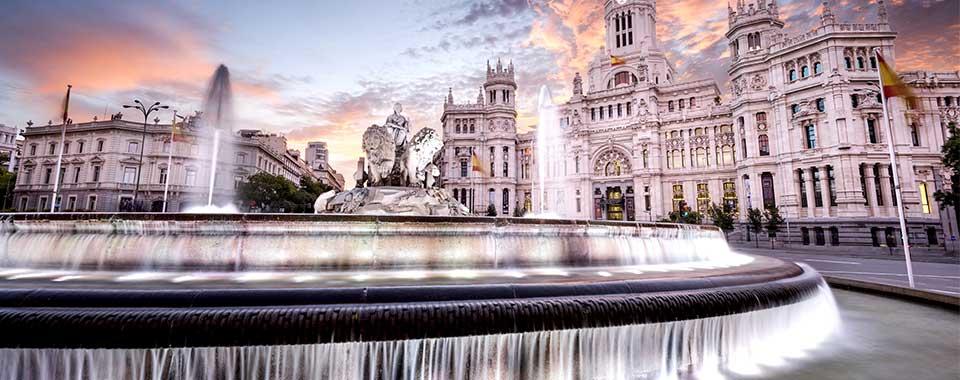 Madrid_fountain_FotoliaRF_960x380