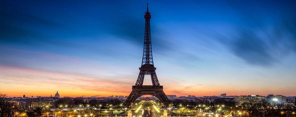 EiffelTower_38382416_Subscription_XXL_5533_960x380
