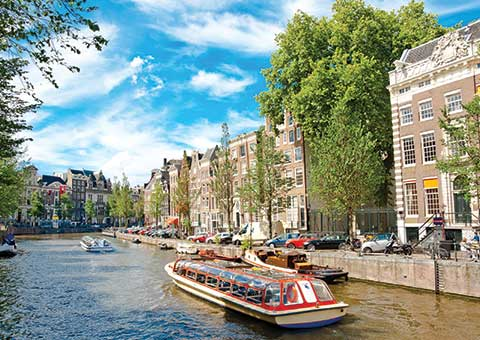 AmsterdamCanal_FotoliaRF_carousel