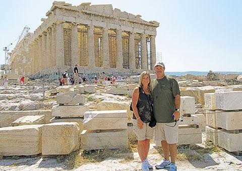 AthensAcropolisCouple_CVO_9298_480x340