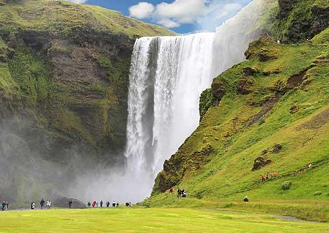 IcelandLandscape_FotoliaRF_480x340