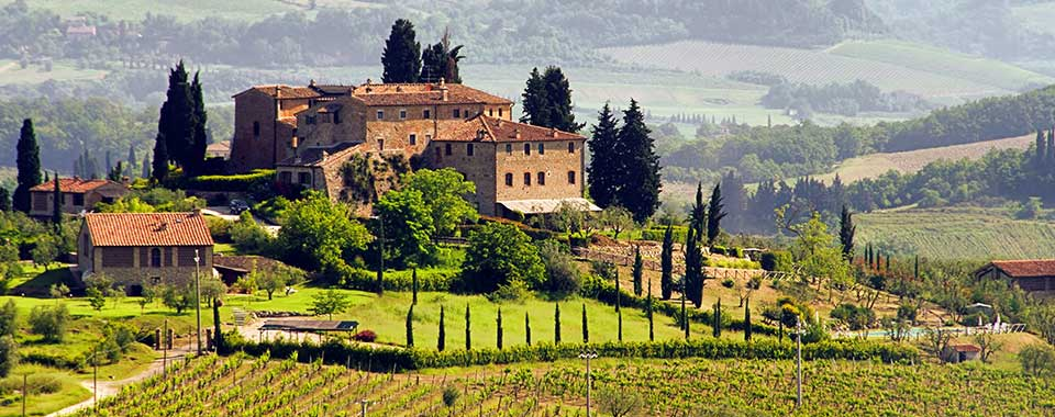 TuscanVineyard_FotoliaRF_hero