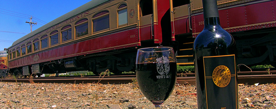 WineTrainWineglass2_CVO_8024_960x380