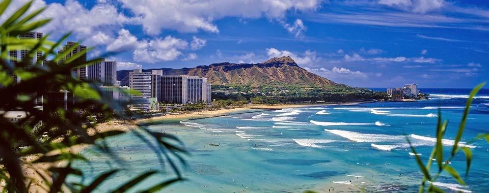 WaikikiBeach_29497479_FotoliaRF_5914_960x380