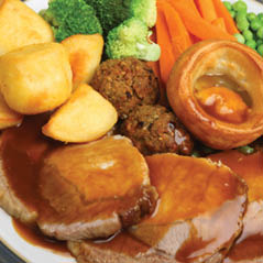 SUNDAY ROAST  AdobeStock 52951185