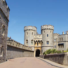 Windsor Castle Norman Gate Fotolia 32666697