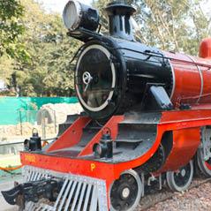 antique train  AdobeStock 126206642