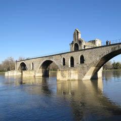 AvignonPontSaintBnzetBridgeAdobeStock65435702
