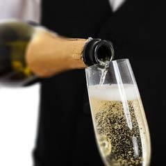 champagne AdobeStock 43057203