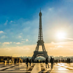 Sunrise Eiffel Tower   AdobeStock 130785324