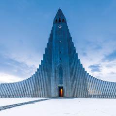 Hallgrimskirkja Churck Iceland AdobeStock 91059462