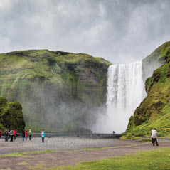 Skogafoss waterfall AdobeStock 127098794
