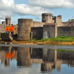 King Johns Castle Limerick Ireland dreamstime 15375211