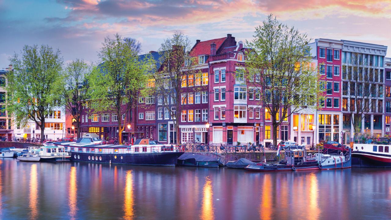 پایتخت هلند کدام شهر است؟