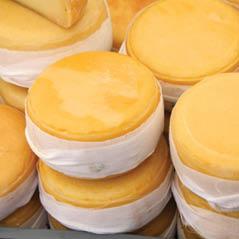 portuguese cheese AdobeStock 79556975