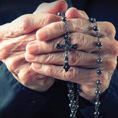 praying AdobeStock 75000233