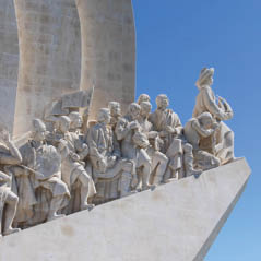 monument to the discoveries portugal AdobeStock 180051134