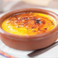 crema catalana dessert AdobeStock 72663231