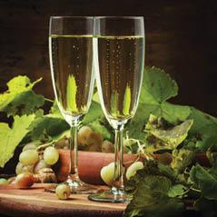 sparkingling drink champagne AdobeStock 179860396