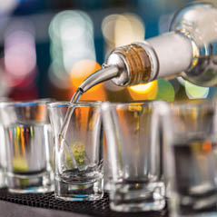 vodka drink AdobeStock 89826214