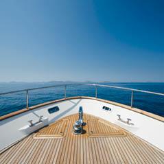 Yacht AdobeStock 114541916