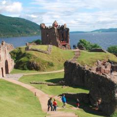 Urquhart Castle 5468981 FotoliaRF 32421