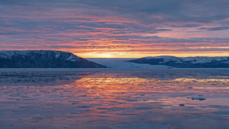 Greenland Must Do 1