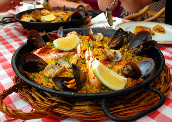 madrid barcelona paella carousel2