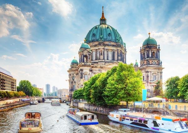 BerlinCathedral_49621421_1