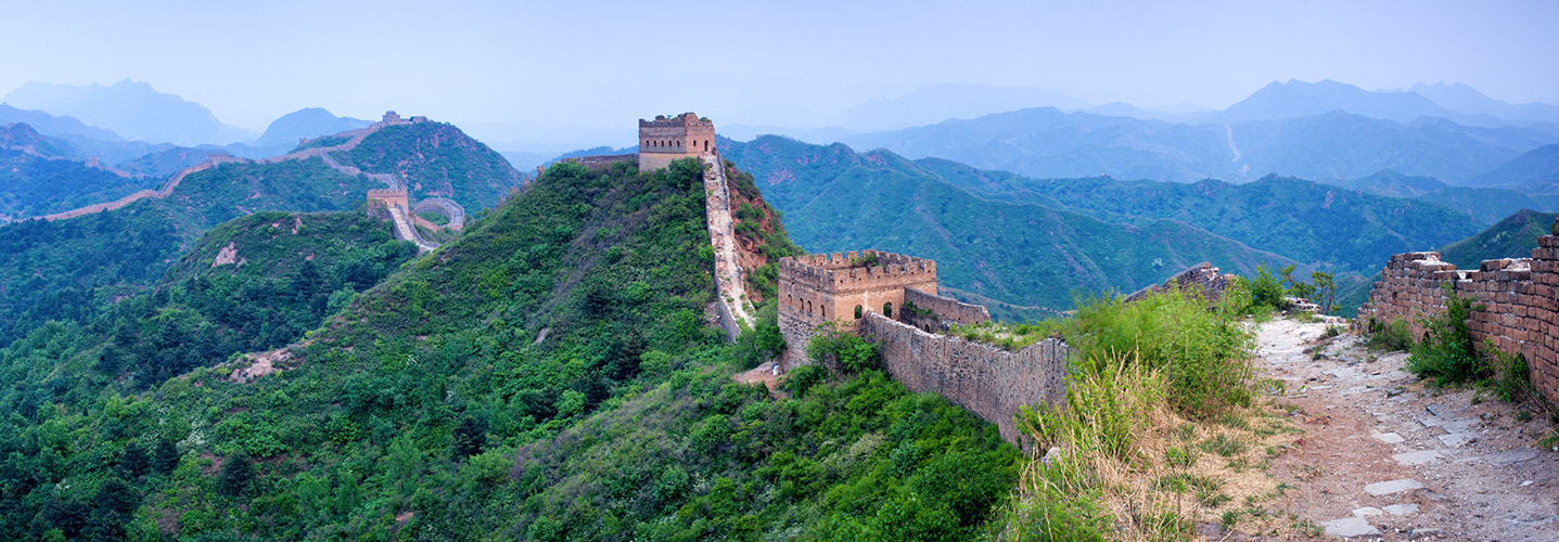 https://i.gocollette.com/tour-media-manager/tours/asia/china/88/packages/master-package/top-carousel/wonderschinayangtze-river_hero1_greatwall-v2.jpg