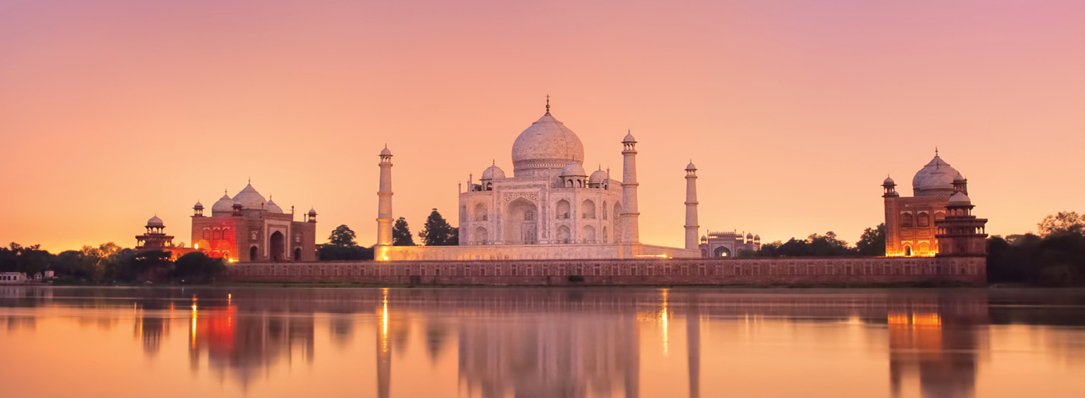 https://i.gocollette.com/tour-media-manager/tours/asia/india/532/packages/master-package/top-carousel/indiastreasures_hero1_tajmahal.jpg