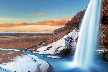 IcelandsMagicalNorthernLights Search