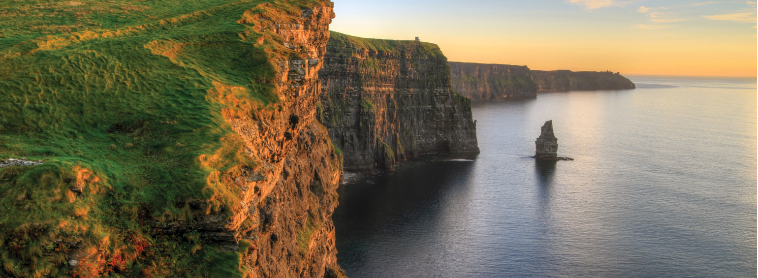 https://i.gocollette.com/tour-media-manager/tours/europe/ireland/427/packages/master-package/top-carousel/irishsplendor_hero1_cliffsofmoher.jpg