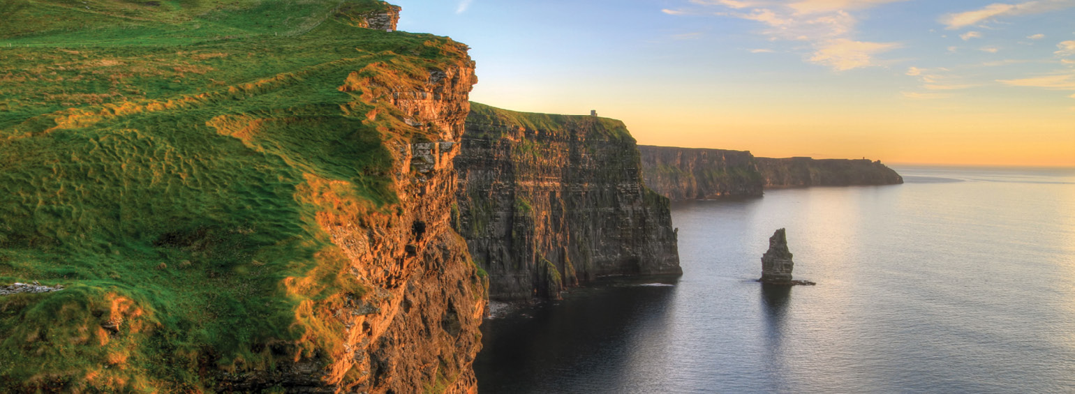 https://i.gocollette.com/tour-media-manager/tours/europe/ireland/615/packages/master-package/top-carousel/magicofireland_hero1_cliffsofmoher.jpg