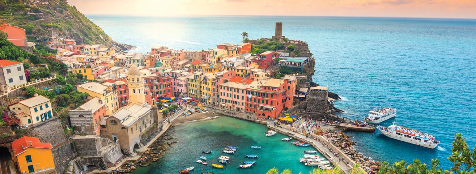 https://i.gocollette.com/tour-media-manager/tours/europe/italy/446/packages/master-package/top-carousel/tuscanyitalianriviera_hero1_cinqueterre.jpg