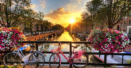 Europes Cosmopolitan Cities Floriade Keukenhof Day1 OvernightFlight