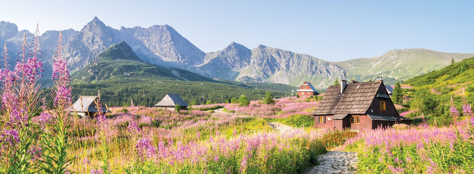 https://i.gocollette.com/tour-media-manager/tours/europe/poland/548/packages/master-package/top-carousel/pilgrimagetopoland_hero1_zakopane.jpg