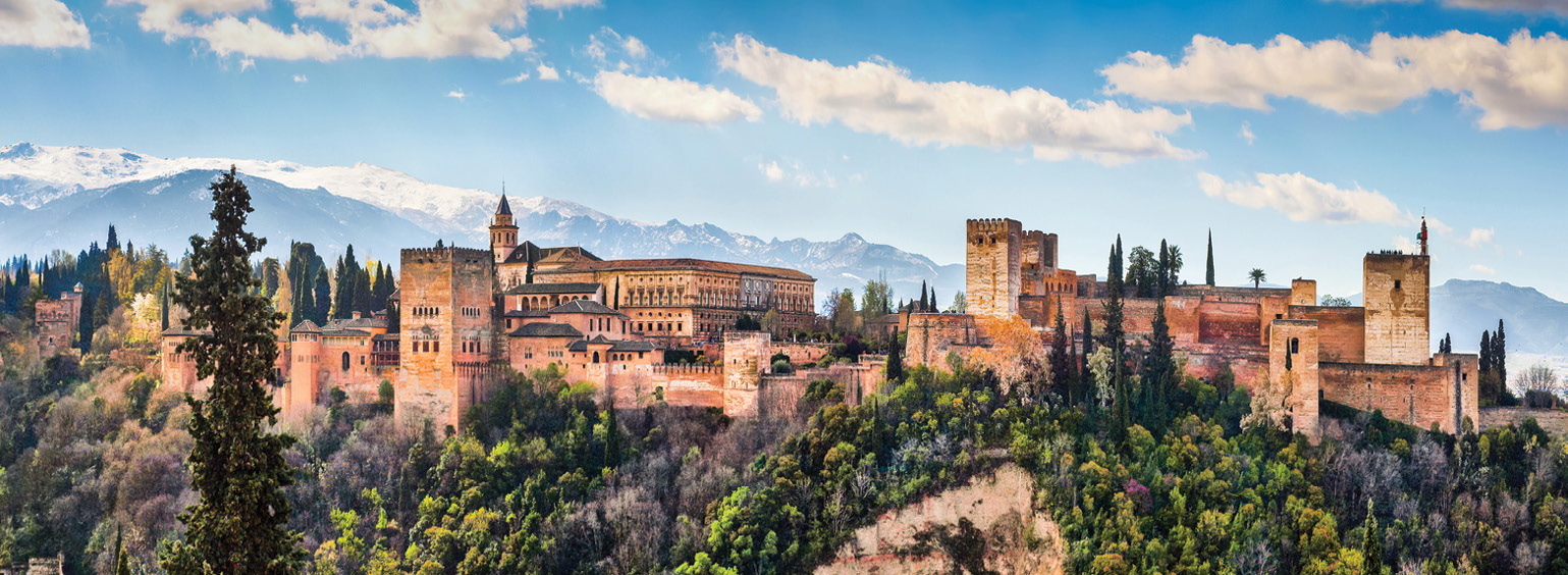 https://i.gocollette.com/tour-media-manager/tours/europe/spain/263/packages/spains-classic-master/top-carousel/spainclassics_hero1_alhambra.jpg