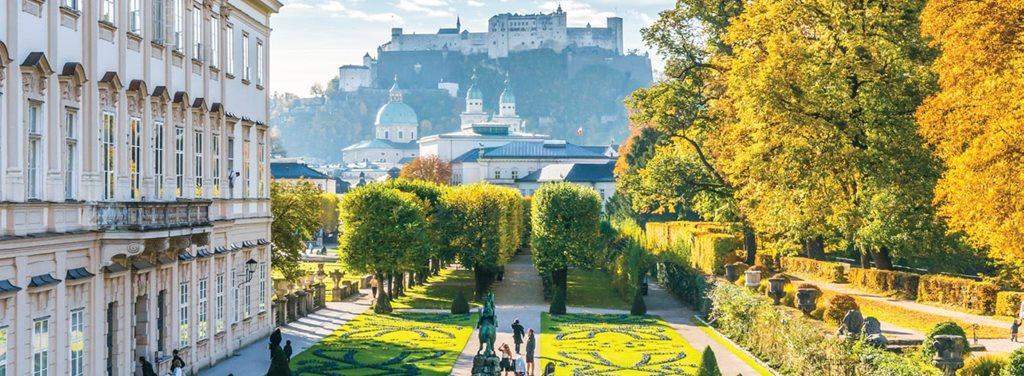https://i.gocollette.com/tour-media-manager/tours/europe/switzerland/330/packages/master-package/top-carousel/discover-switzerlandwithoberammergau_hero1_salzburgmw=1024.jpg
