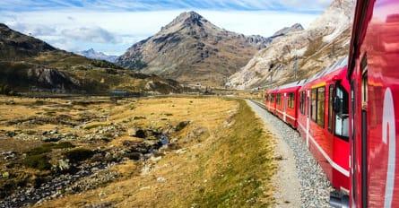 AlpineLakes Day7 StMoritz BerninaPassTrain StMoritz