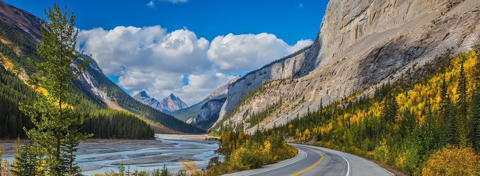 https://i.gocollette.com/tour-media-manager/tours/north-america/canada/609/packages/master-package/top-carousel/canadianrockiesbytrainfeaturingrockymountaineer_bow-river-canyon.jpg