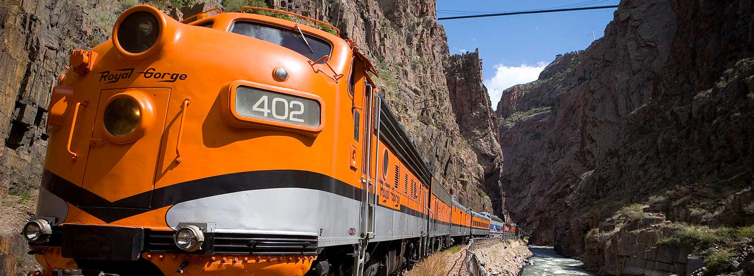 https://i.gocollette.com/tour-media-manager/tours/north-america/usa/282/packages/master-package/top-carousel/coloradorockiesftnorthernparks_hero3_railcar-v2.jpg