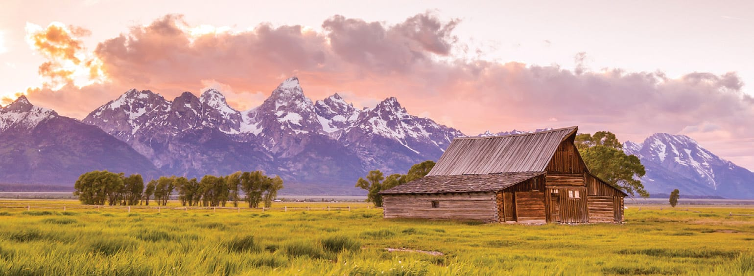 https://i.gocollette.com/tour-media-manager/tours/north-america/usa/438/packages/master-package/top-carousel/americascowboycountry_hero1_grandtetons.jpg