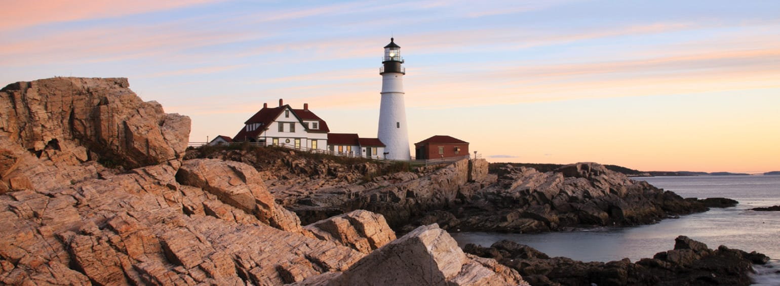 https://i.gocollette.com/tour-media-manager/tours/north-america/usa/617/packages/master-package/top-carousel/historichotelsne_hero3_portlandheadlighthouse.jpg