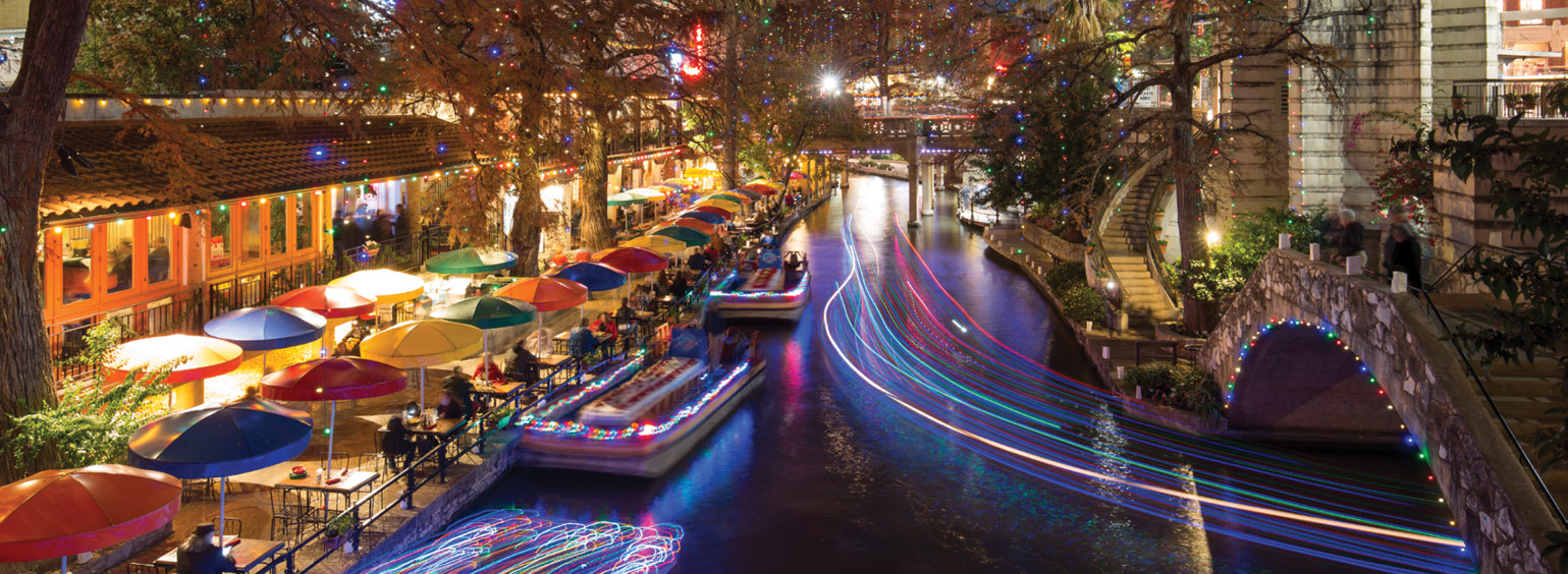 https://i.gocollette.com/tour-media-manager/tours/north-america/usa/64/packages/master-package_holiday/top-carousel/spotlightsanantonioholiday_hero1_holidayriverwalk.jpg